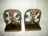 1920s FRENCH FARMHOUSE BRONZE TOLE FLOWERS URN BOOKENDS HP ROPE TWIST HAMMERED