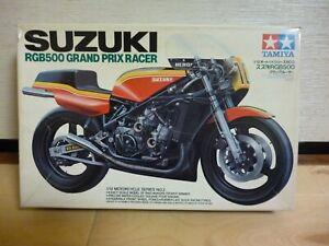 Vintage TAMIYA 1:12 SUZUKI RGB500 GRAND PRIX RACER MODEL KIT