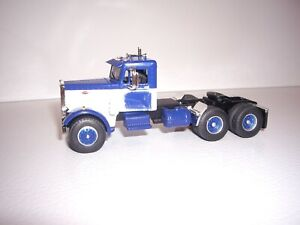 DCP FIRST GEAR 1/64 BAD PAINT ON DOORS BLUE AND WHITE PETERBILT 351 DAYCAB