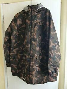 Mens Camouflage Fishing Lightweight Jacket XL Fox Chunk 10 K