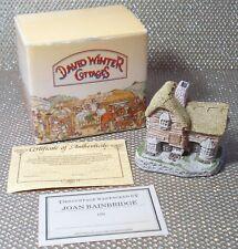 """David Winter Cottages 1982 """"The Village Shop"""" Village House"""
