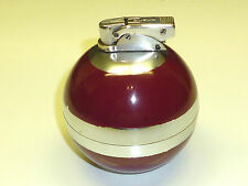 BENEY VINTAGE BALL TABLE LIGHTER - RED LACQUER - KUGEL FEUERZEUG - 1952- ENGLAND