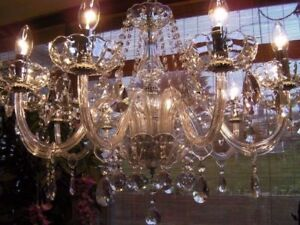 Gorgeous ~ Large elegant 10 Light French style chic glass & crystal chandelier