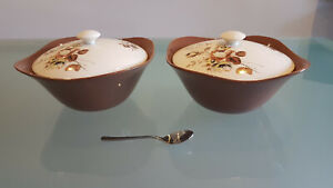 2 J MEAKIN 1960s 70s TUREENS IN ABSOLUTELY AMAZING CONDITION. TAKE A LOOK !