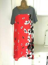 """Twiggy for M&S size UK 18 Sin Forro Estampado Floral Alta Baja Vestido en en muy buena condición con busto 45"""""""