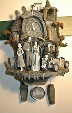 New ListingThe Munsters Bradford Exchange Cuckoo Clock Rare Hard to Find Lights Sounds