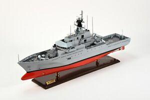"HMS Tyne P281 River-class Offshore Patrol Vessel Handmade Ship Model 32"""