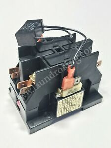 132451 ADC DRYER 2 POLE 24V CONTACTOR (USED)