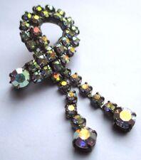 broche ancienne bijou couleur argent pampille tout de cristaux  boréalis  2024