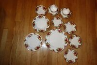 Lot of 12 Royal Albert Old Country Roses Dinner Plate Luncheon Soup Bowl C & S