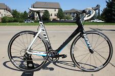 2016 Large Giant Propel Advanced 2 Carbon Road Bike Shimano 105 10 spd NEW