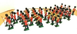 BRITIANS LTD SOLDIERS MARCHING BAND 48++ MEMBERS,HORNS,DRUMS,LEADER