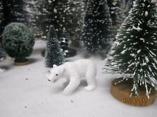 "Train Garden Village House Carnival "" A White Polar Bear "" + Dept 56/Lemax info"