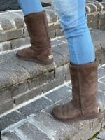 UGG  AUSTRALIA Classic Tall 5815 Chocolate Brown Suede Shearling Lined Boots 6