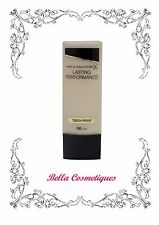 Max Factor Lasting Performance Foundation 100 Fair makeup