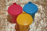 New Vintage Style Tupperware Beautiful Multi Color Kids Sippy Cups with Lids