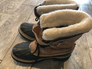 Sorel Caribou Boots Tan Size 10 Womans Insulated Sherpa Lined Rubber Leather