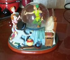 Rare DISNEY STORE PETER PAN WENDY SNOW GLOBE see description.