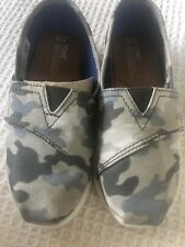 NWT INFANT TODDLER TINY TOMS CLASSIC Gray Camo Shoes Size 11