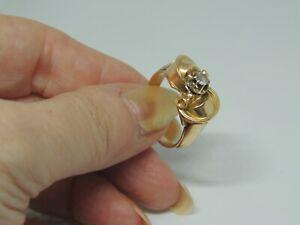 Bague ancienne or rose 18 carats et saphir blanc