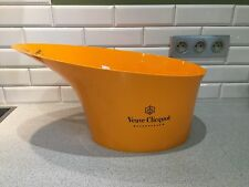 VEUVE CLICQUOT MAGNIFICENT LARGE ICE BUCKET NEW BOTTLE OF CHAMPAGNE