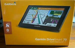 """Garmin DriveSmart 70 LMT 7"""" GPS - BUNDLE - Garmin BC 30 Wireless Backup Camera"""