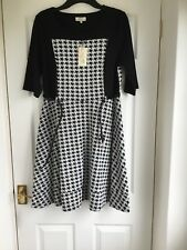 Bnwt Papaya Warm Jersey  Elbo Sleeve Skater Dress Size 18