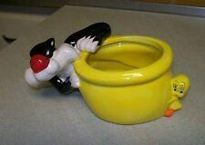 Sylvester Tweety Bird Bowl Planter Yellow Warner Brothers CUTE Free USA Shipping