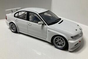 AutoArt 1:18 Scale Diecast WHITE BMW 320i (E46) Plain Body Version Loose RARE