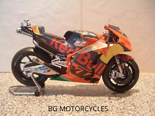 1:12 17 POL ESPARGARO DIECAST MODEL FACTORY RED BULL KTM RACING MOTOGP 44 V LTD