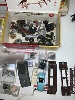 LOT OF MISCELLANEOUS HO SCALE TRAIN PARTS