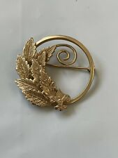 PIN Cubs BSA Den Mother Boy Scouts of America Gold Toned Brooch Pin