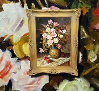 Opulentes Rosen Stillleben Rosenstrauß. Klassisches Blumenstillleben Meisterlich