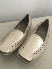 BNWOB Gold Loafer By HOTTER Size 7.5 Uk 41.5 EU HOLIDAY SUNNER COMFORT ELBA