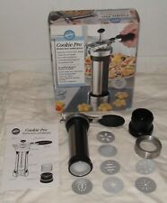 WILTON COOKIE PRO COOKIE PRESS -
