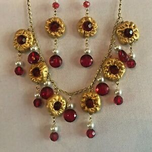 NECKLACE & EARRING SET WITH RUBY RED CRYSTAL BEADS & GOLD POLYMER CLAY PENDANTS