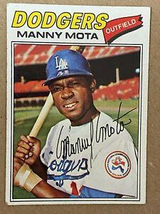 Topps 1977 #386 Manny Mota - Los Angeles Dodgers