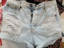 One Teaspoon gorgeous faded denim ripped shorts size 26