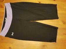 UNDER ARMOUR BLACK WITH PURPLE WAIST BAND SEMI FITTED CAPRI PANTS Size M