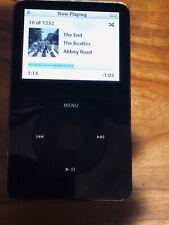 Apple iPod Classic 5th Gen A1136   MA446LL Black 30 GB  30 Day Guaranty