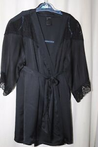 H&M Ladies Short Black Lace Trim Robe Size M/L