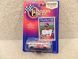 New 1997 Winners Circle 1:64 Diecast NASCAR Dale Earnhardt Sr Goodwrench Silver