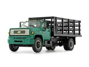 1970's Chevy C65 Stake Truck Green 1:34 Scale Diecast Model - First Gear 10-4219