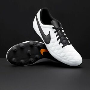 New Boys Kids Nike Jr Majestry White Black Football Rugby Boots UK Size 5.5