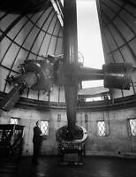 Technician Operating A Telescope At Greenwich Observatory 1935 OLD PHOTO