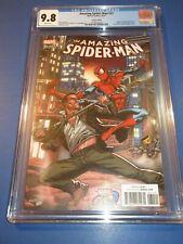 Amazing Spider-man #31 Marvel vs Capcom Variant CGC 9.8 NM/M Gorgeous Gem wow