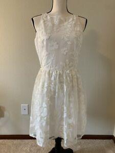 BB DAKOTA White Floral Sleeveless Fit and Flare Women Dress Size 8