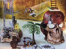 Mega Bloks Pirates of the Caribbean #1026 ISLA CRUCES - 100% Complete