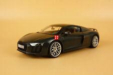 1:18 Audi sport R8 V10 Plus Coupe Sport model + gift