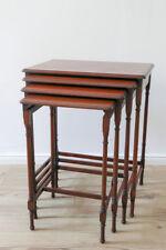 4er Set Beistelltische antik, Satz Tische in Mahagoni aus der Zeit um 1920